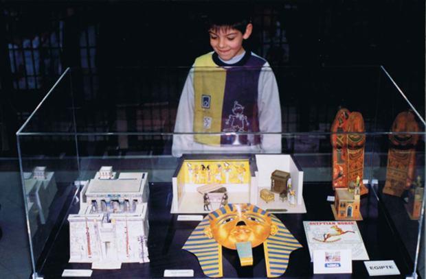 Egipte.Mostra-de-retallables-a-Baricentro-de-Barcelona-1999