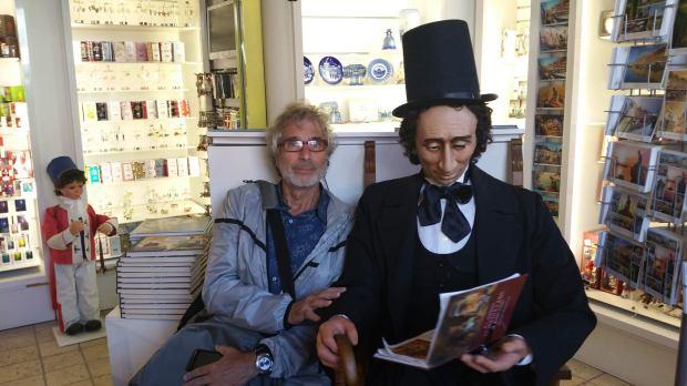 visita-a-la-botiga-de-h-c-andersen-a-copenhaguen-2016